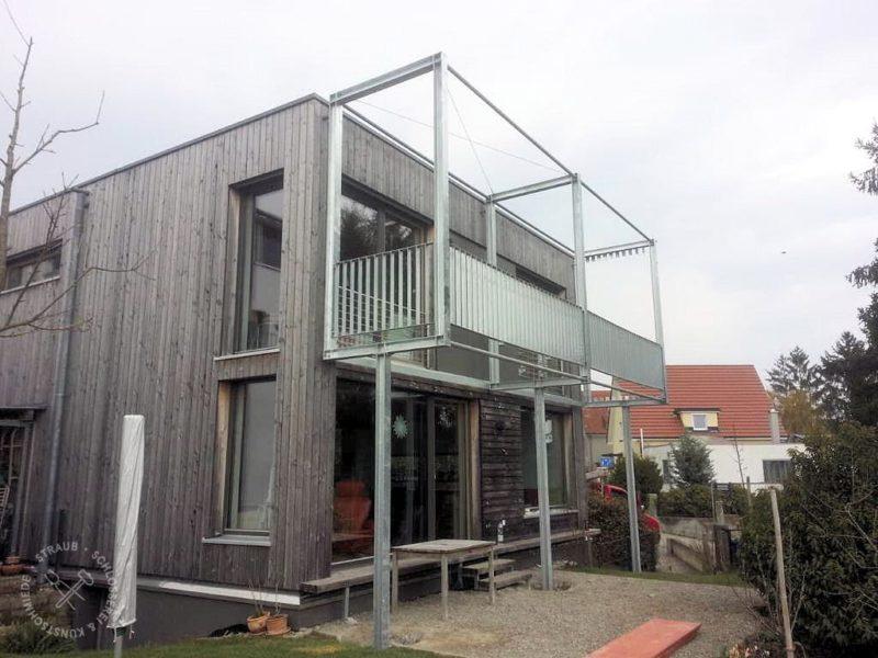 Balkon ohne Holzgewerk